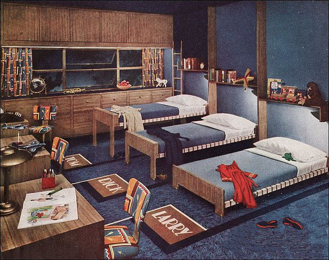 triple trundle bed (1945 Boys Bedroom by Armstrong)