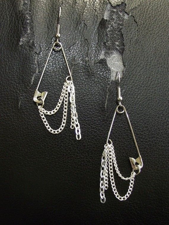 Silver And Cold Safety Pin Earrings By Thegreenkharmaleon On Etsy 15 00
