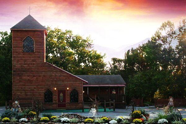 Gatlinburg Wedding Chapel Mountain Valley Where To Say I Do Pinterest Chapels Weddings And Destination