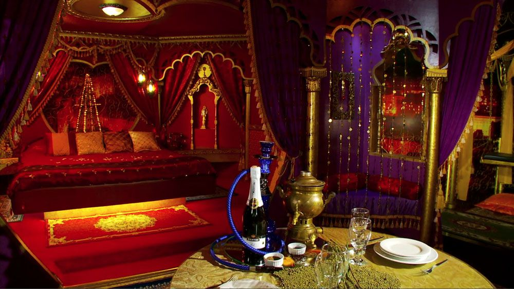 Moulin rouge decor styles for home.
