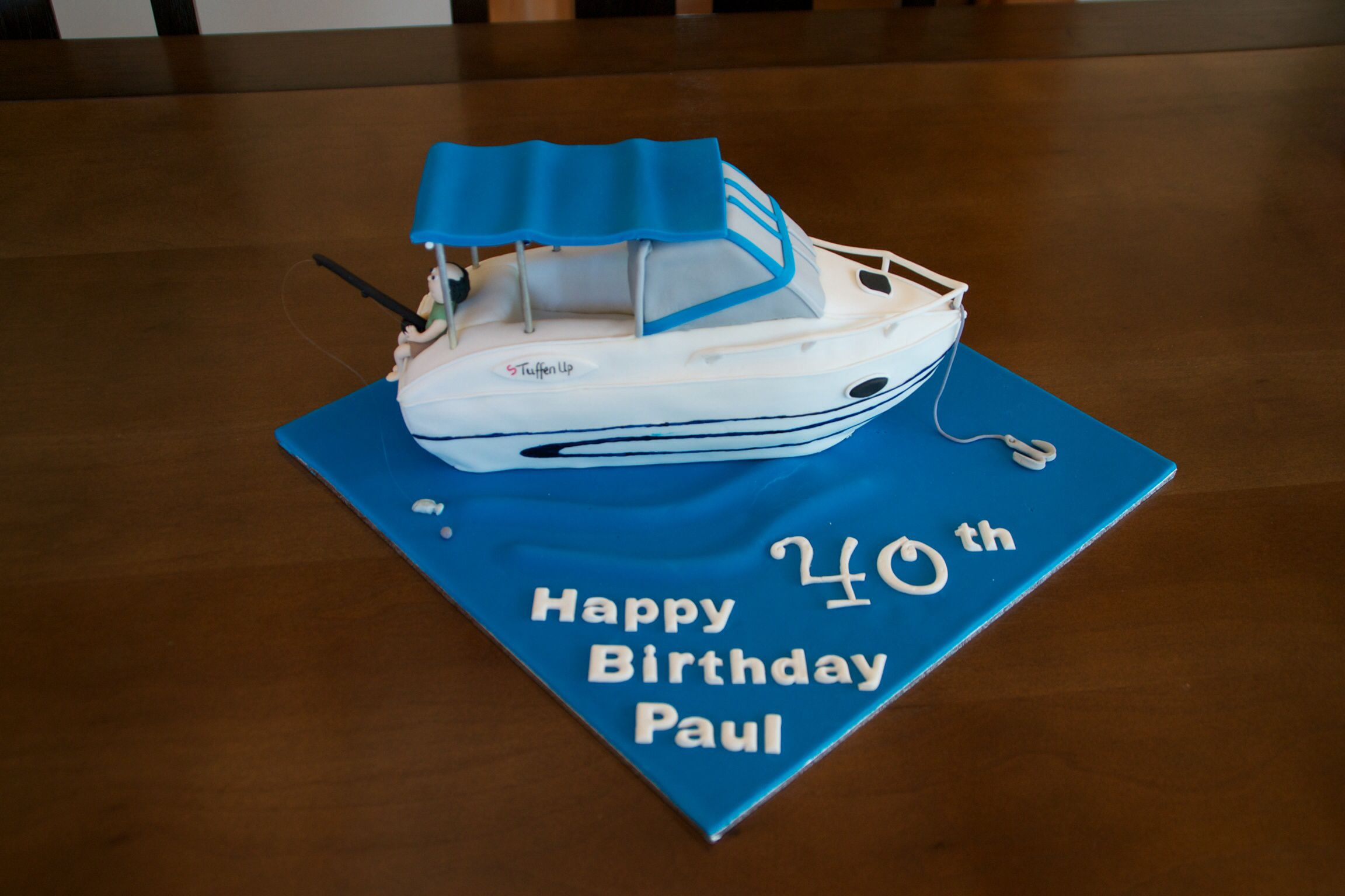 Speed Boat Cake 40th Birthday With Images Boat Cake Happy
