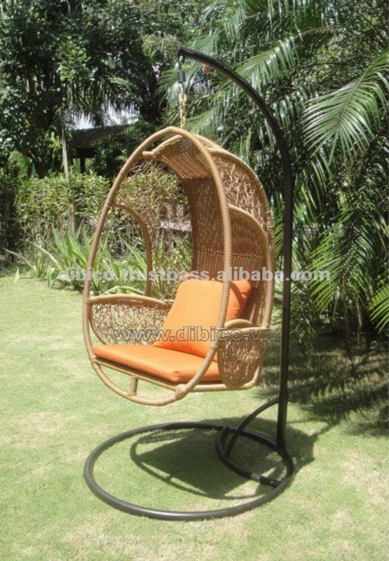 Nice Outdoor Swing Chair/Hanging Egg Chair By PE Rattan/PE Wicker/Poly Plastic