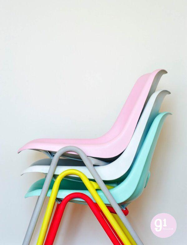 Chaises Pastel Et Neon Chaise Enfant Chaises Colorees Chaise Plastique