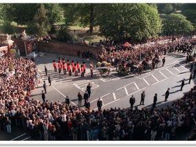 Princess Diana S Funeral Procession Leaving Kensington Palace