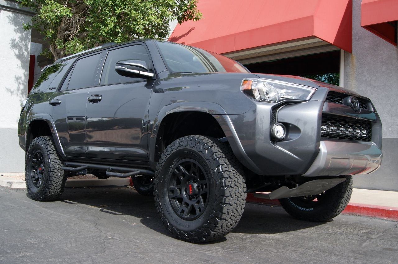 2016 Toyota 4 Runner Trail Icon Stage 6 Lift Kit with