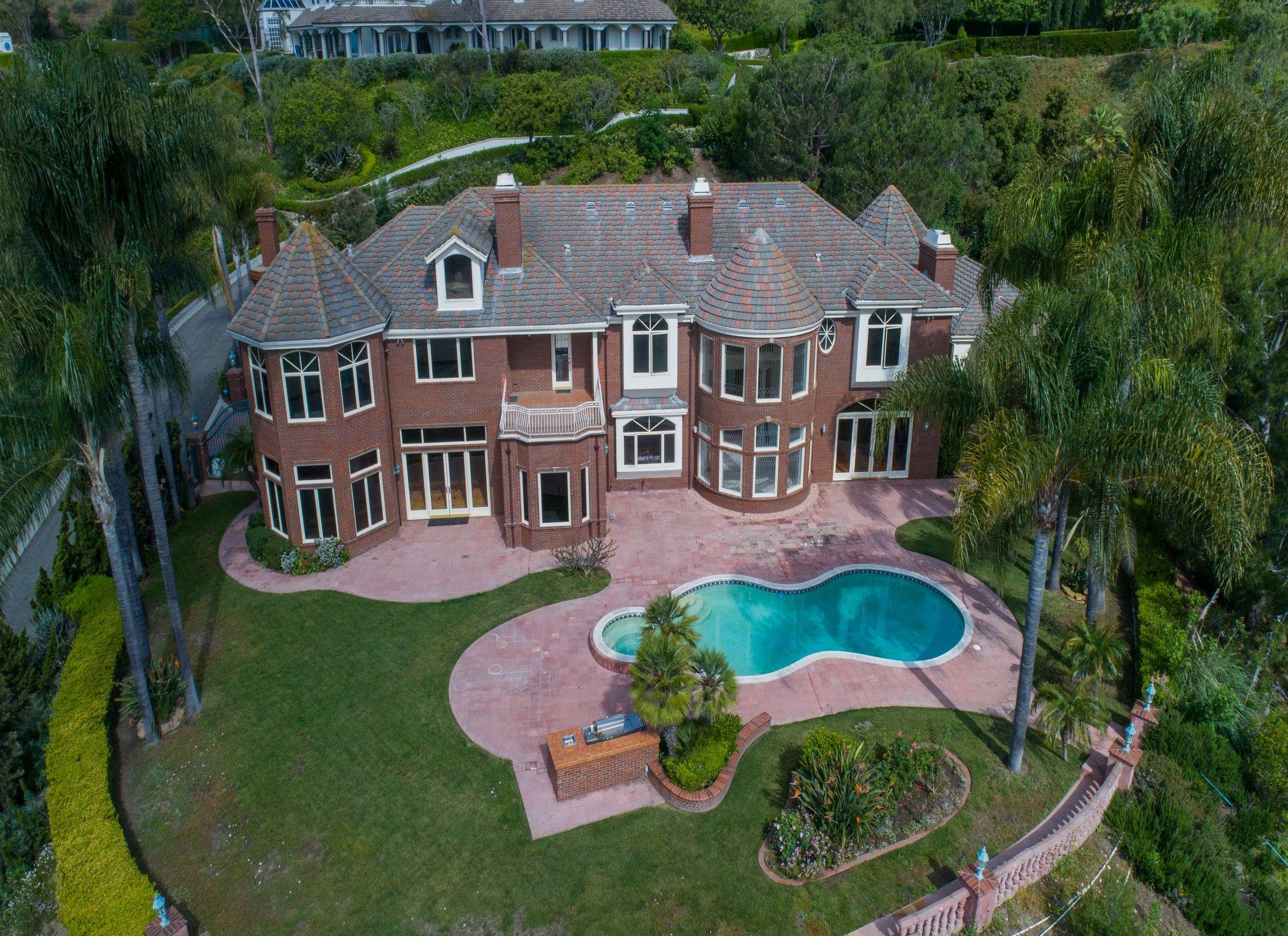 31951 peppertree bend luxury realtor luxury real estate