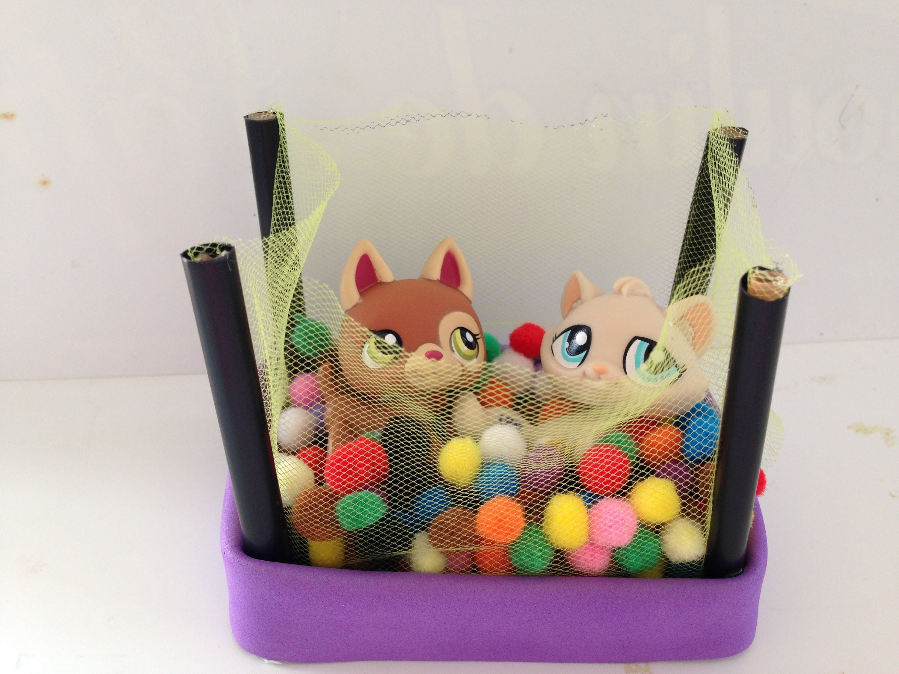 How To Make Lps Accessories A Lps Ball Pit Easy
