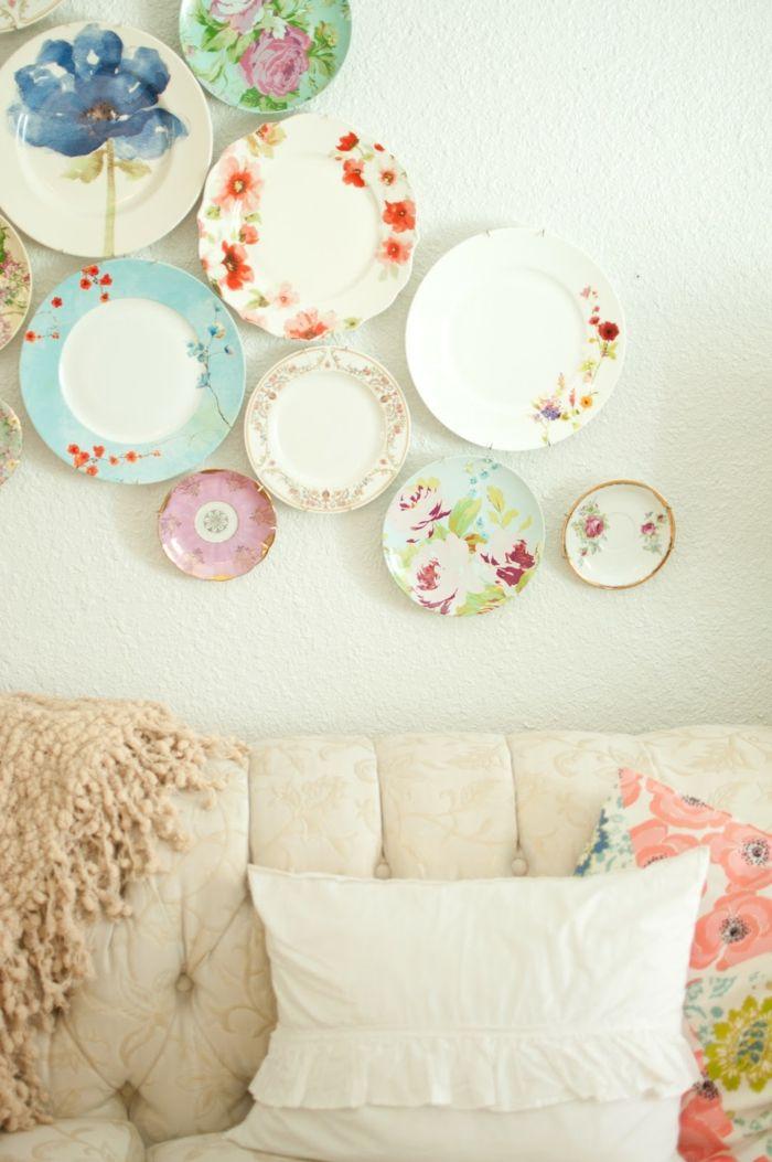wände dekorieren teller farbige wanddeko ideen wohnzimmer mit - wanddeko wohnzimmer ideen