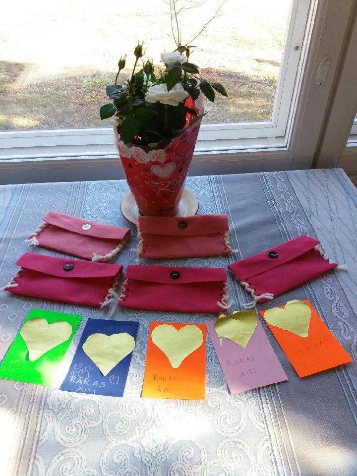 Äitienpäivän kirjeet