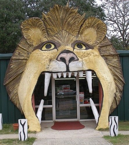 STRANGE ENTRANCES - TEETH & BIG MOUTH DOORWAYS! - LION