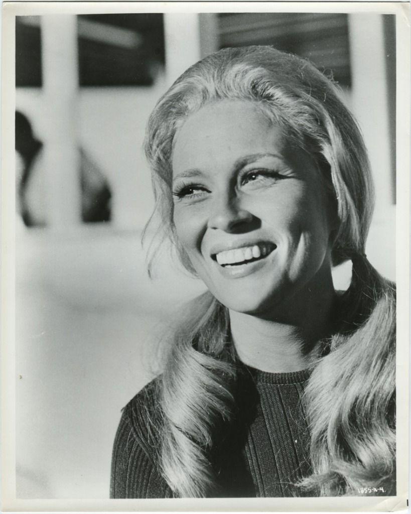 Faye Dunaway, 1960s