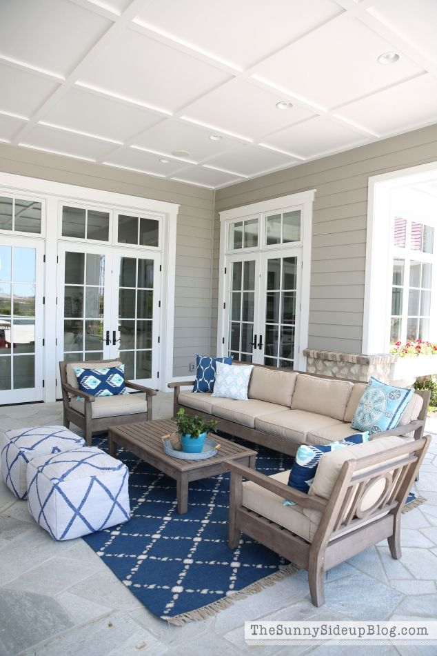 Outdoor entertaining area outdoor entertaining sunnies for Enclosed porch furniture ideas