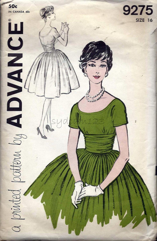 Vintage 60er Jahre niedrige Scoop zurück Cocktailkleid...Scoop ...
