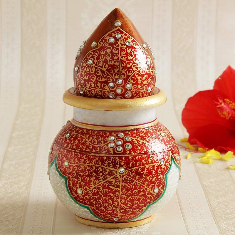 Send Wedding Gifts Online India: Buy Lota With Coconut From IGP.com