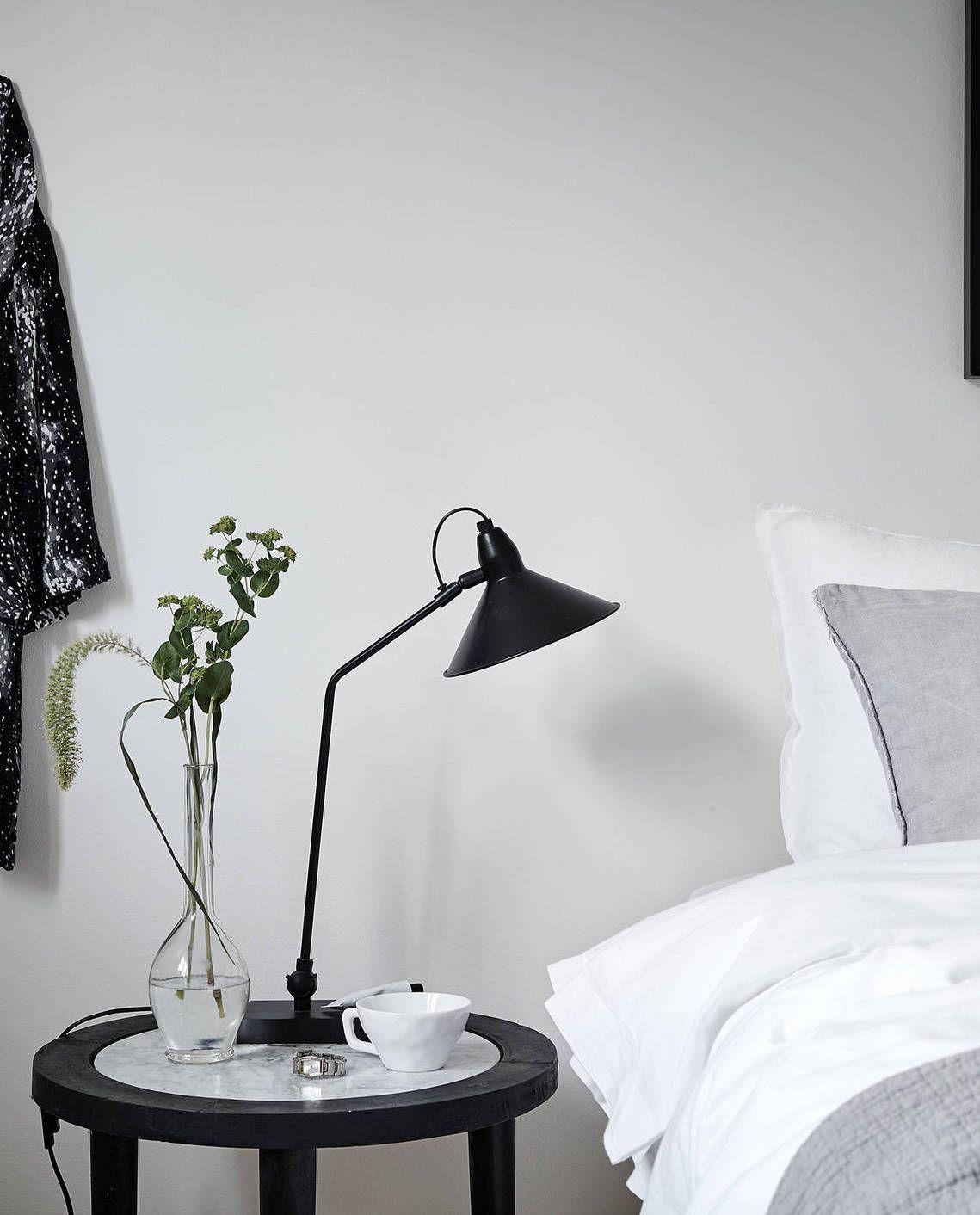 Beige and green - via Coco Lapine Design