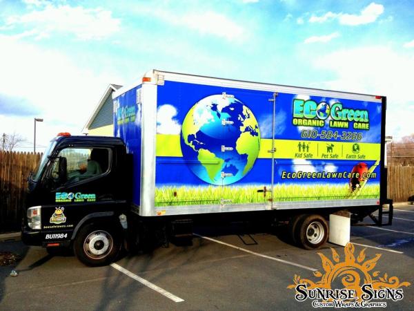 EcoGreen Lawn Care Uses Mitsubishi Fuso Box Truck Wraps to
