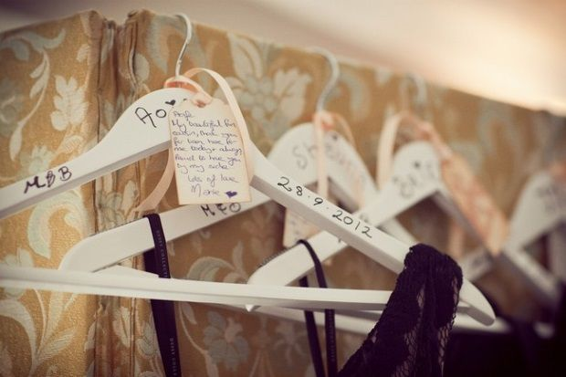 Best Last Minute Wedding Gifts: 10 Last Minute Wedding Touches To Make Your Day Extra