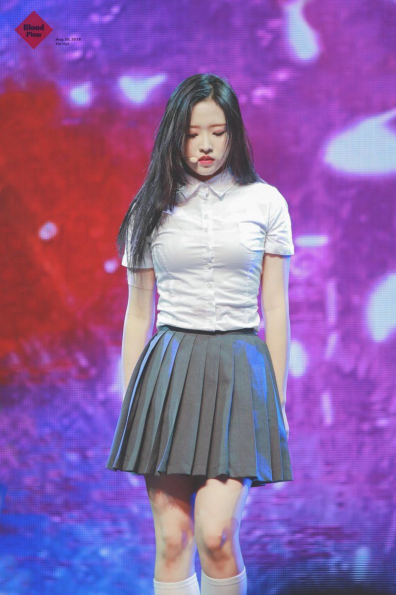 Pin By Kaz On Loona Kpop Girls Olivia Hye Girl