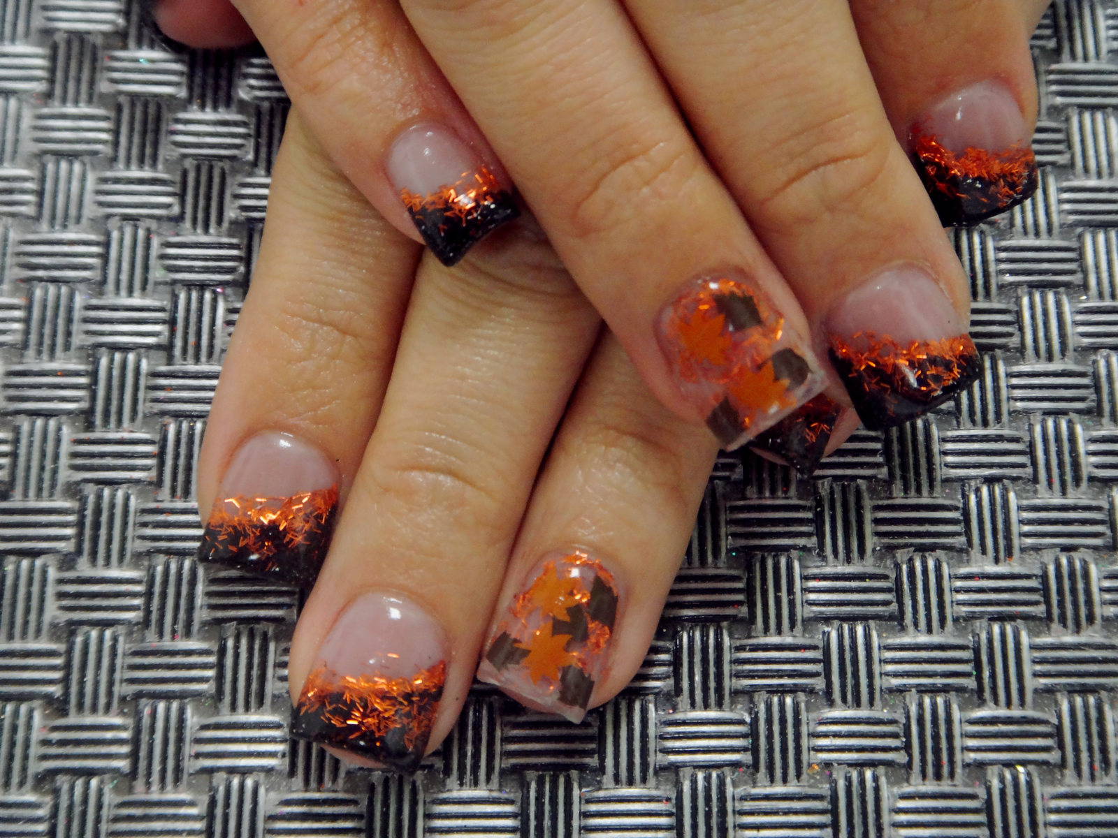 Fall leaf acrylic nail art these are awesome where they got the fall leaf acrylic nail art these are awesome where they got the glittler in leaf shapes prinsesfo Image collections