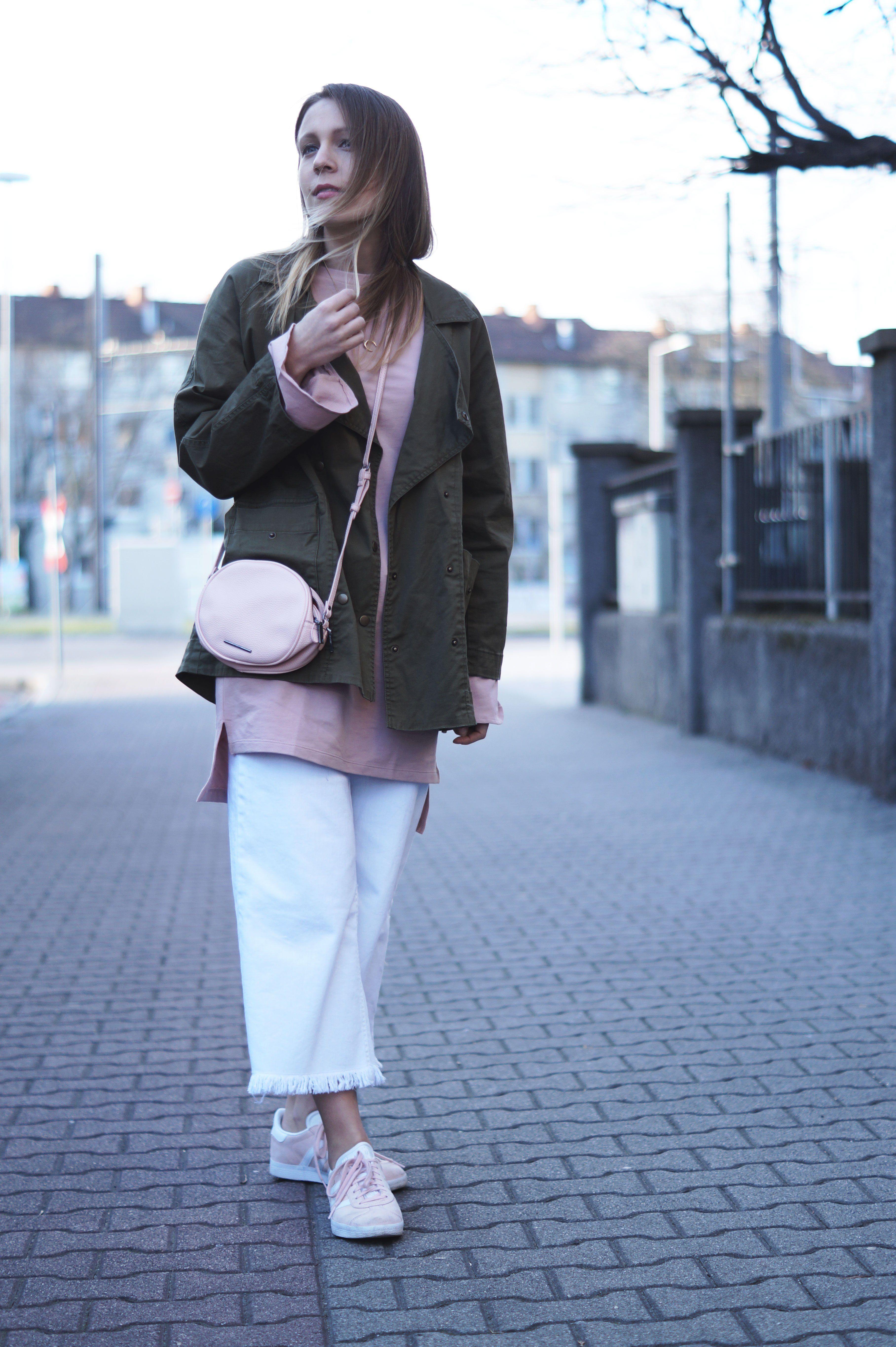 Unique kleid rosa blush