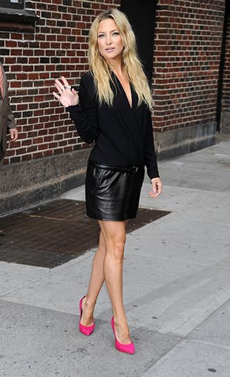 Kate Hudsons Leather Mini Pink Pumps Ok Look Of The Day In