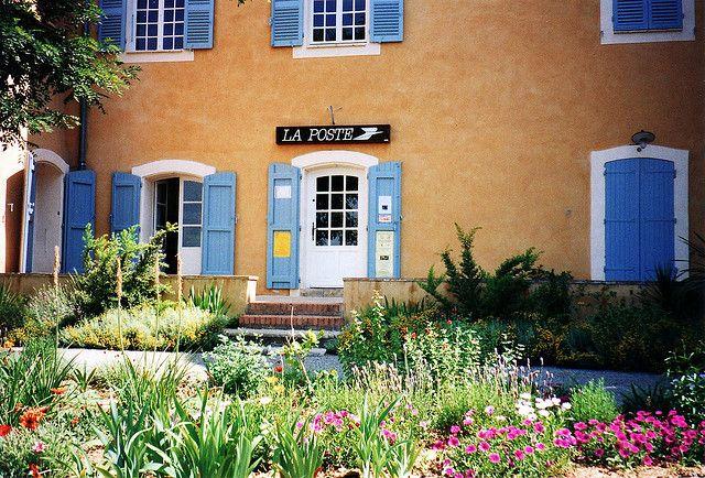 La poste, Provence