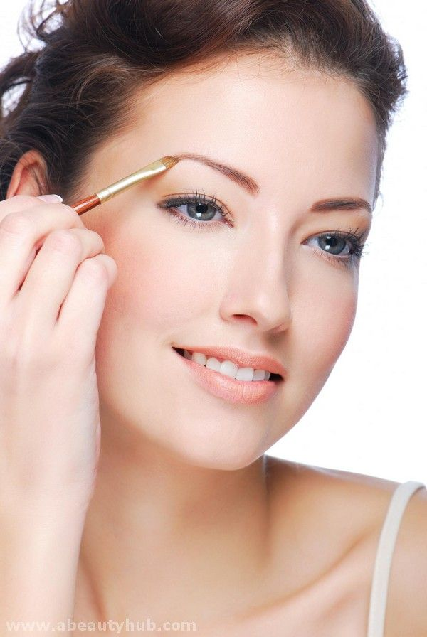 Eyeliner Is Used By Woman Of All Age And Helpful In Making Your