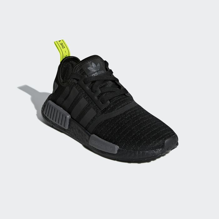 adidas nmd primeknit all black