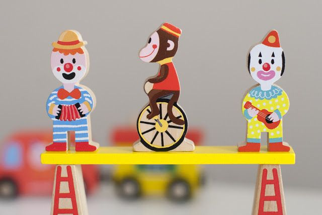 UKKONOOA: Sirkus by Janod