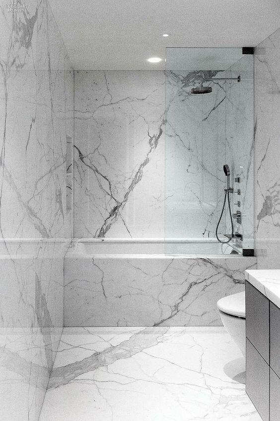 10 Gorgeous Urban Bathrooms Marble Tile Bathroom White Marble Bathrooms Bathroom Tub