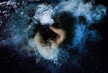 Área Visual: Tomohide Ikeya. Fotografía bajo el agua