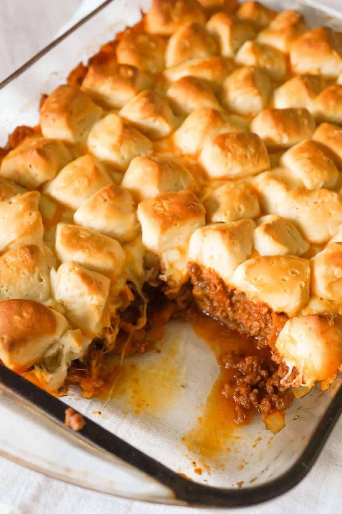 Sloppy Joe Biscuit Casserole Is An Easy Ground Beef Casserole Recipe Loaded With French S Fri Biscuits Casserole Sloppy Joes Biscuits Recipes Using Ground Beef