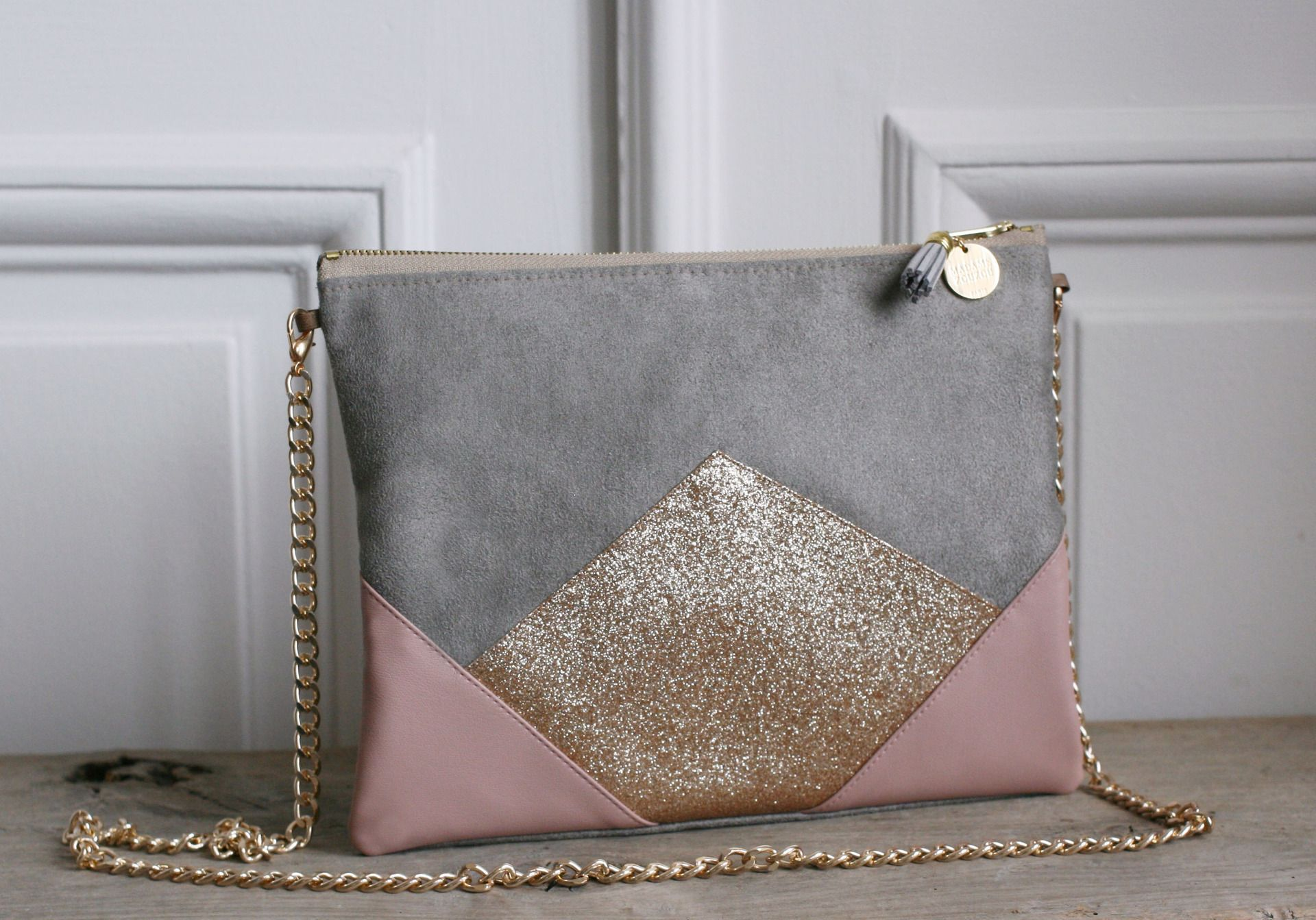 5598a36d0d sac a main gris et rose - Mon sac à main et moi !