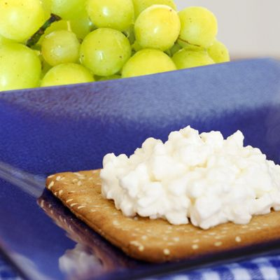 5 healthy snacks for people with or without diabetes cottage rh pinterest com  diabetics eat cottage cheese