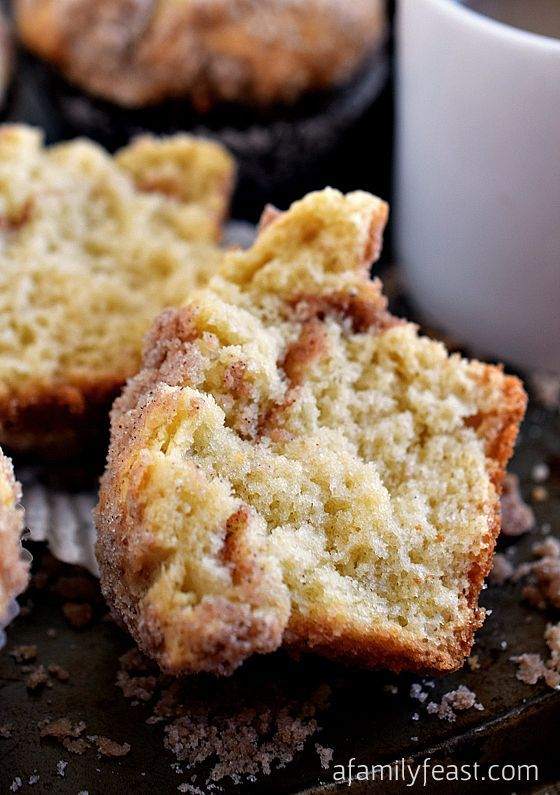 Sour Cream Coffee Cake Muffins A Family Feast Sour Cream Coffee Cake Muffins Breakfast Sweets Coffee Cake Muffins