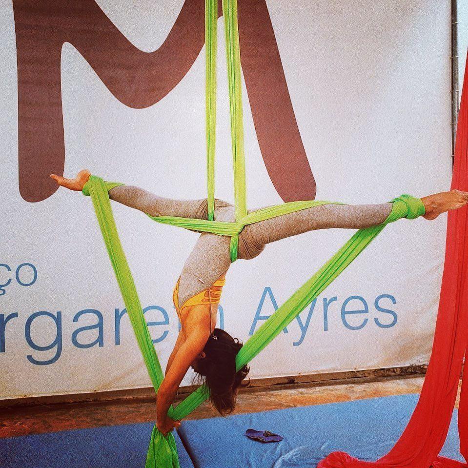 Tecido Acrobático, Vem Viver essa experiência conosco!💙 #poledance #polefitness #polebrasil #fitness...