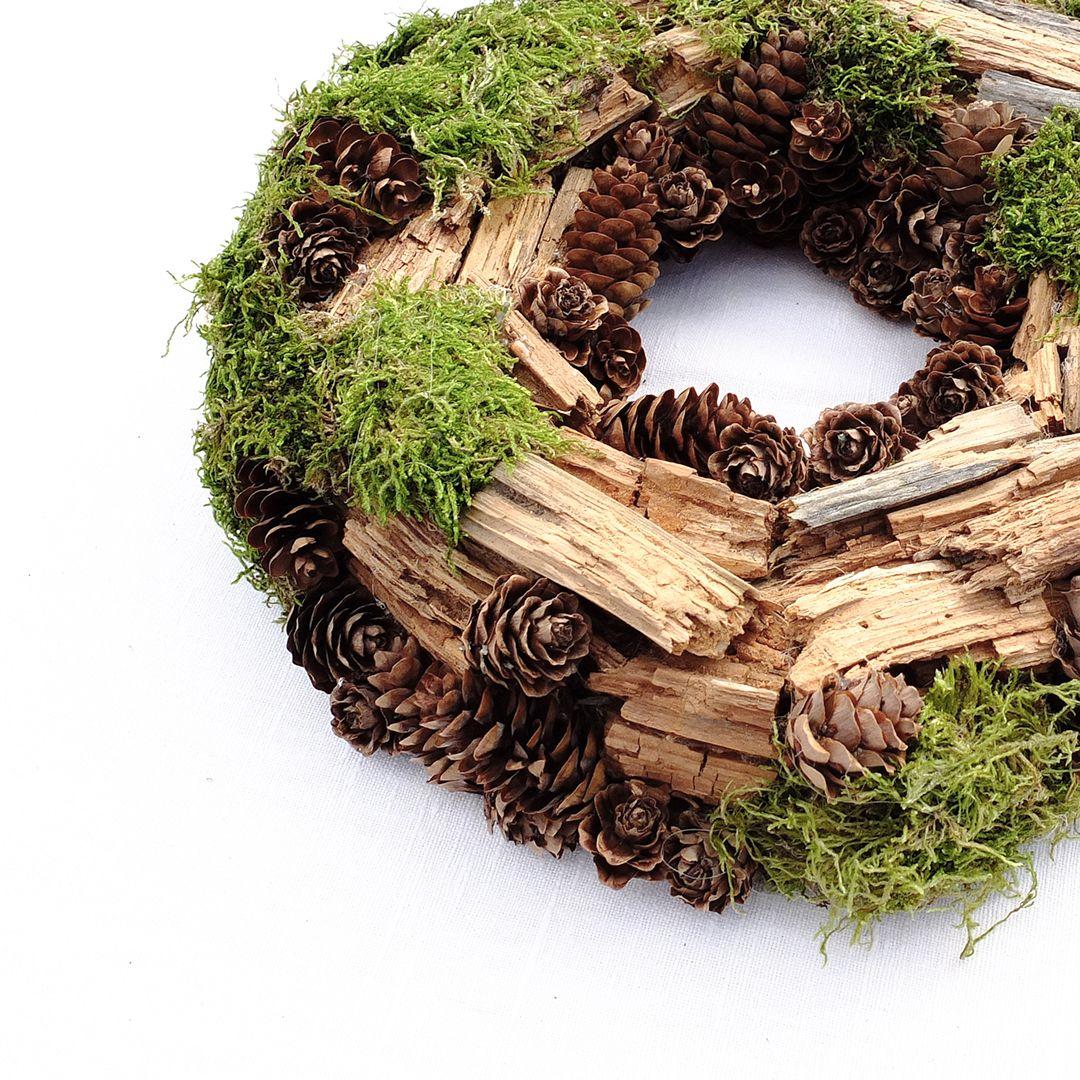 Handmade scandinavian style interior wreath / Skandinaviško stiliaus interjero vainikas. Gėlių pasakos darbas. www.facebook.com/geliu.pasakos