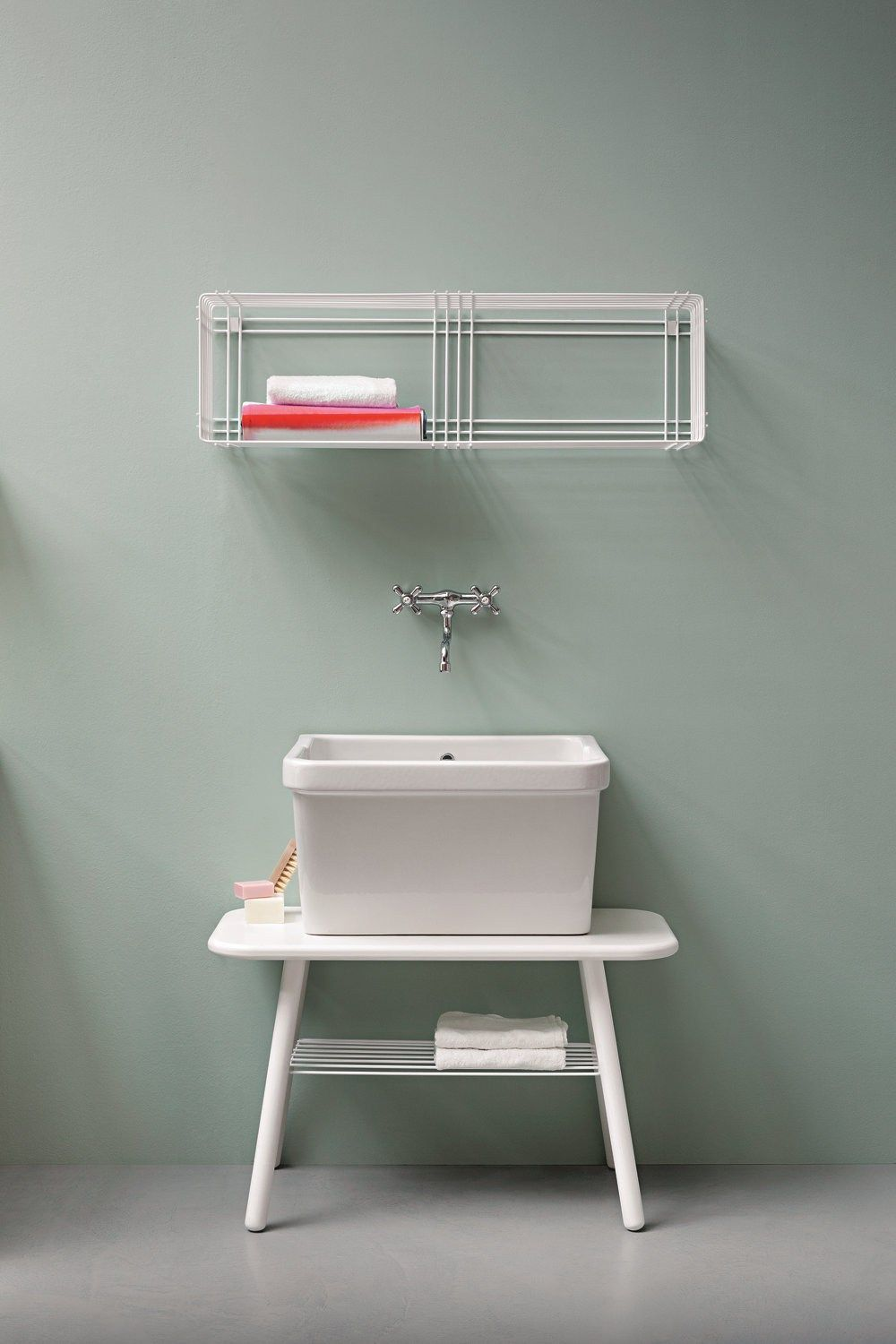 Lacquered laundry room cabinet with sink ACQUA E SAPONE Acqua e ...