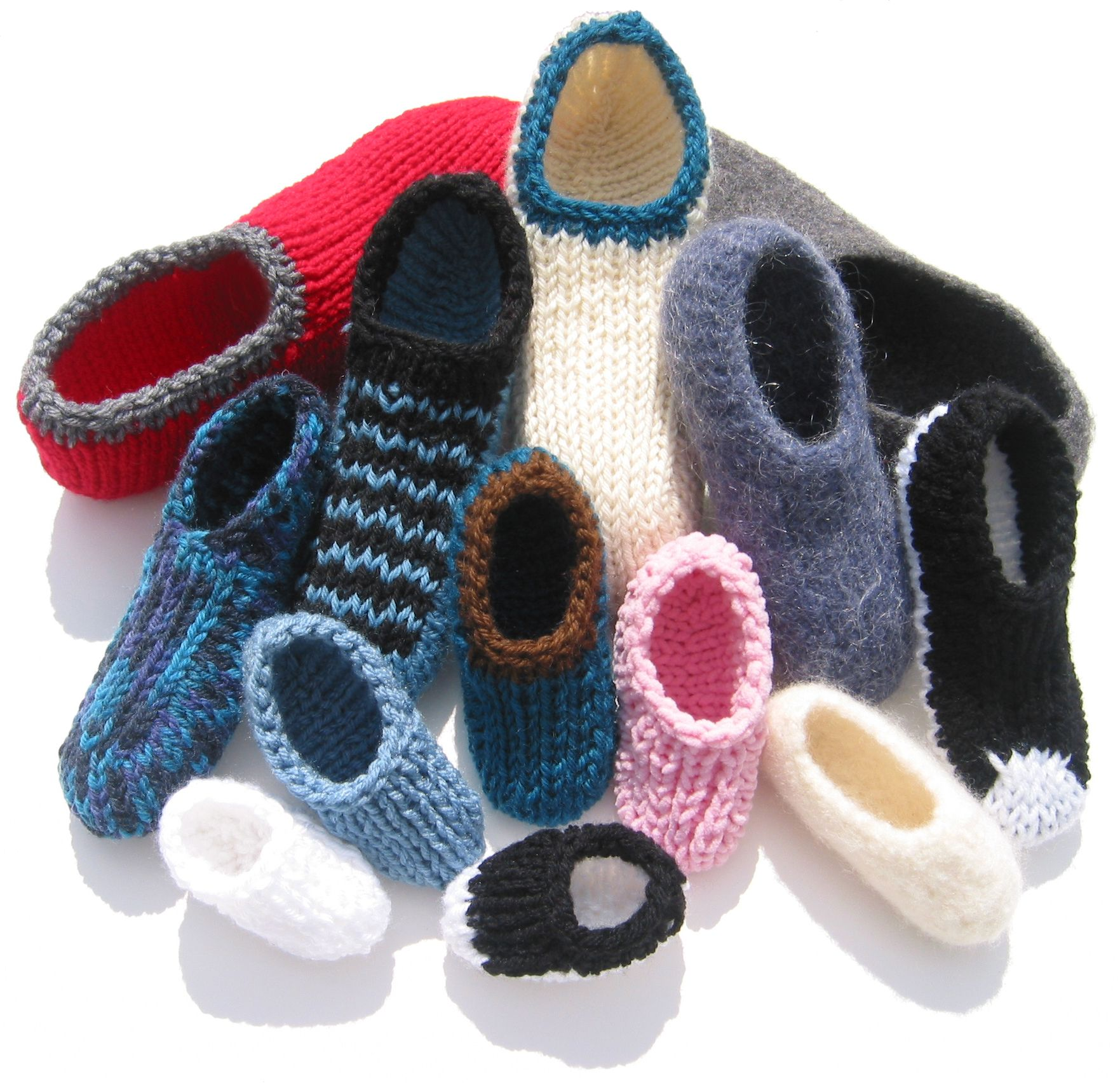 Slippers in all sizes made on a knitting board. This pattern is one ...