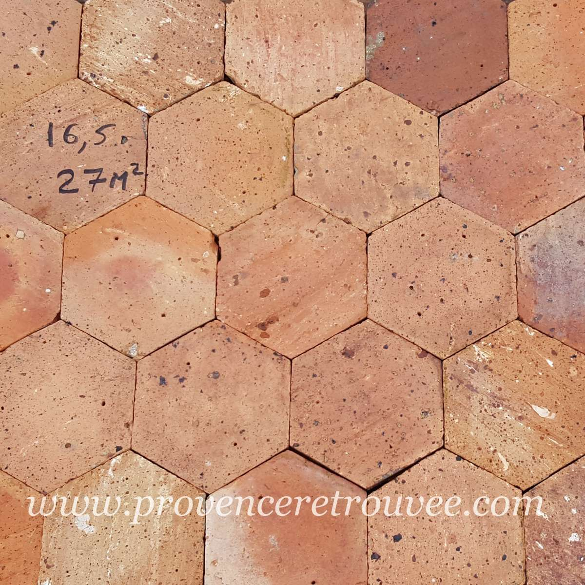 Vieilles Tomettes Hexagonales 16 5x16 5 En Terre Cuite D Occasion Tomettes Anciennes Tomette Terre Cuite