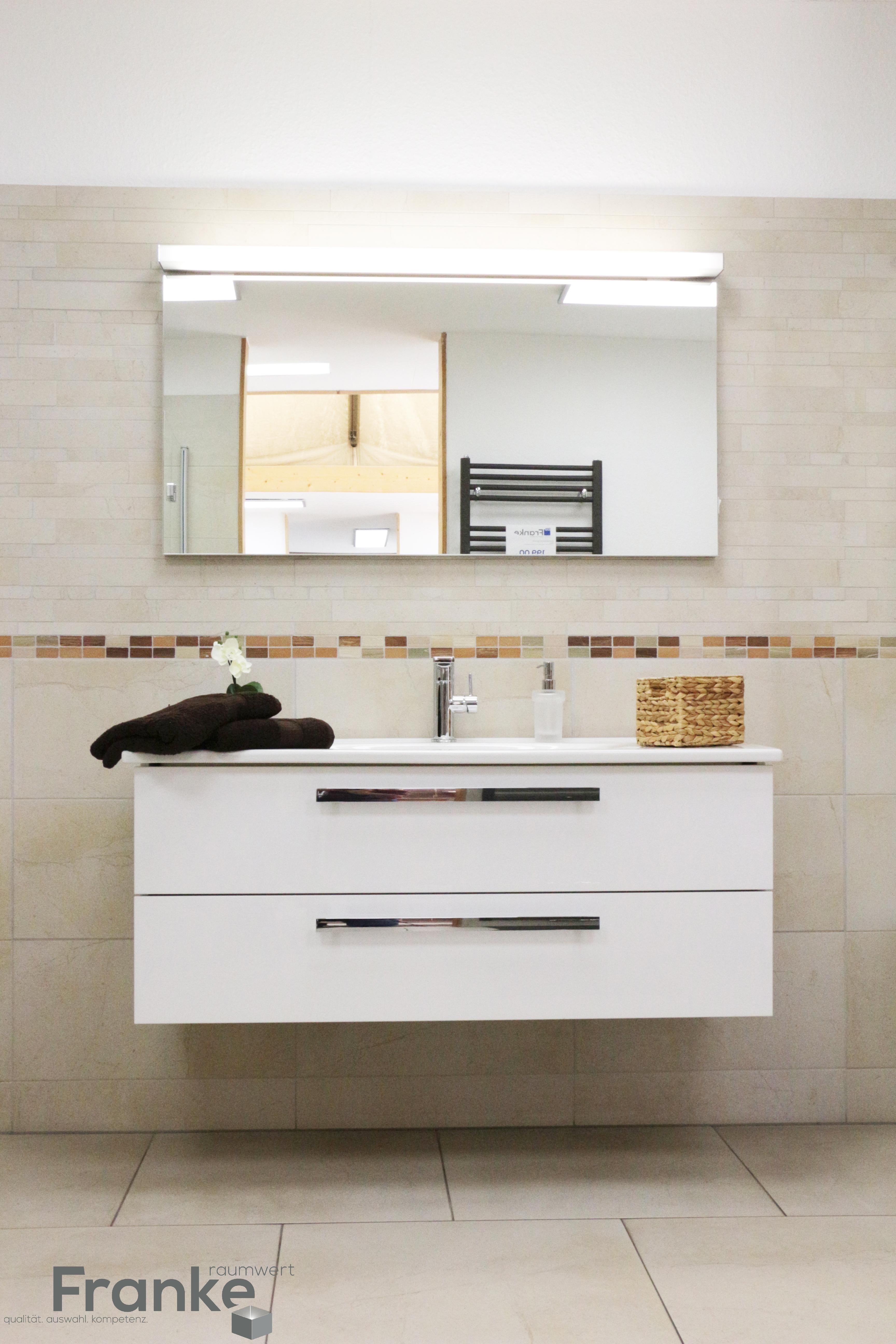 Waschtischanlage Mit Zwei Auszügen. #Bad #Badezimmer #Fliesen #Waschtisch  #Waschbecken #Spiegel #GästeWC #frankeraumwert #menden