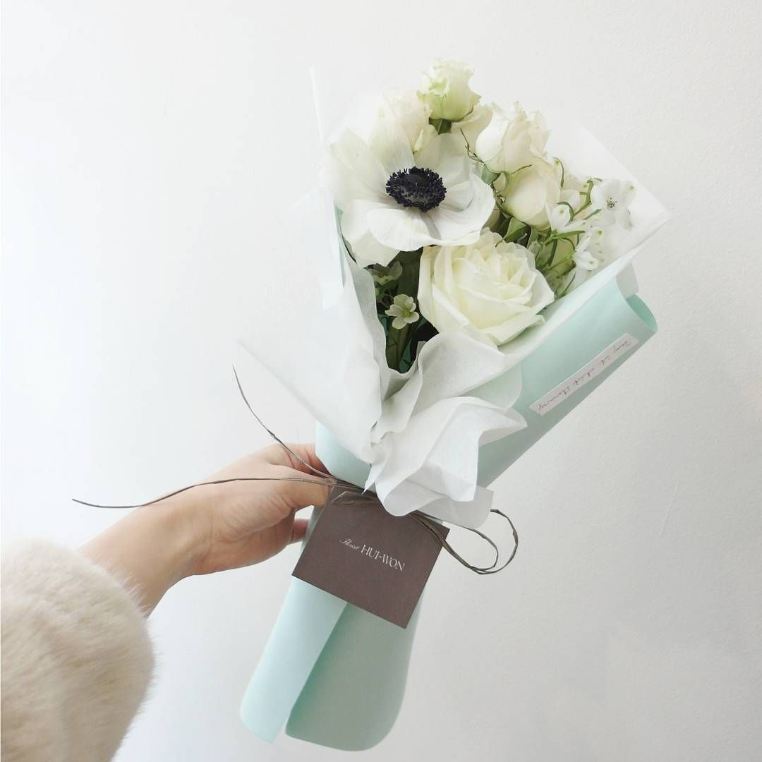 See This Instagram Photo By Florist Huiwon 114 Likes Flowers Bouquet Flowers Photography How To Wrap Flowers
