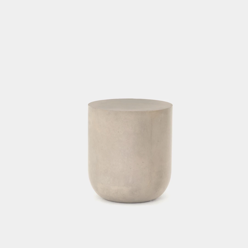 Crosby Round End Table In 2021 End Tables Concrete Cover Amber Interiors [ 1000 x 1000 Pixel ]