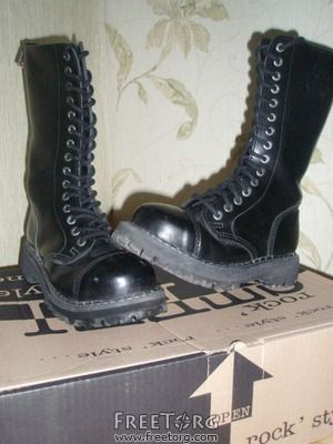 steel boots, punk boots, gothic boots, rock boots, metal boots Dr Martens e5639206a036