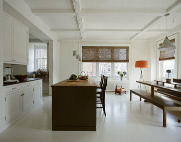 Like the cabinets, the ceiling, the flooring and the kitchen table.  Do not like exposed hinges