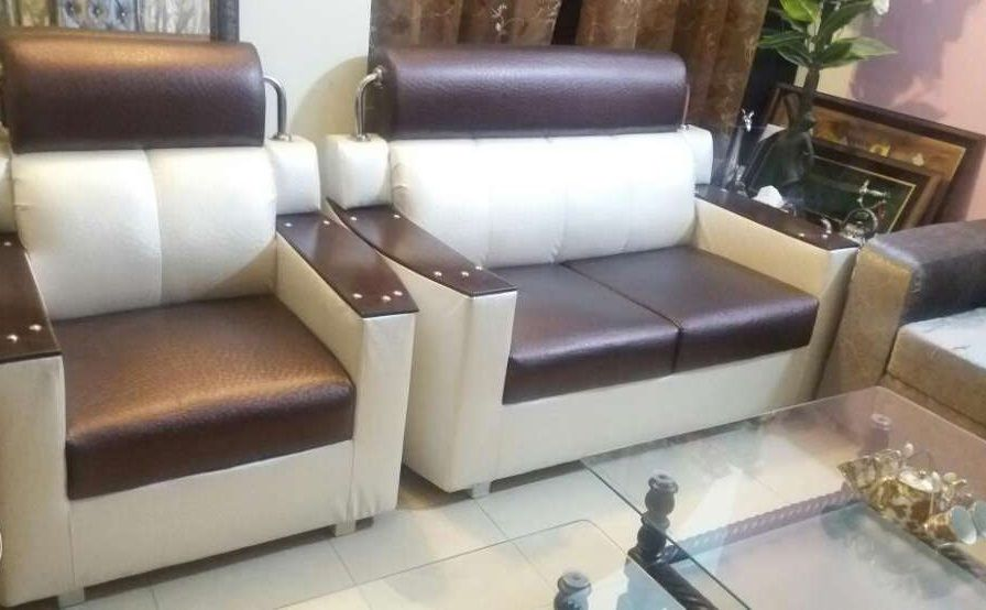 2 To 3 Months Used Sofa Set 6 Seated Sofa Set Renting A House Dog House For Sale
