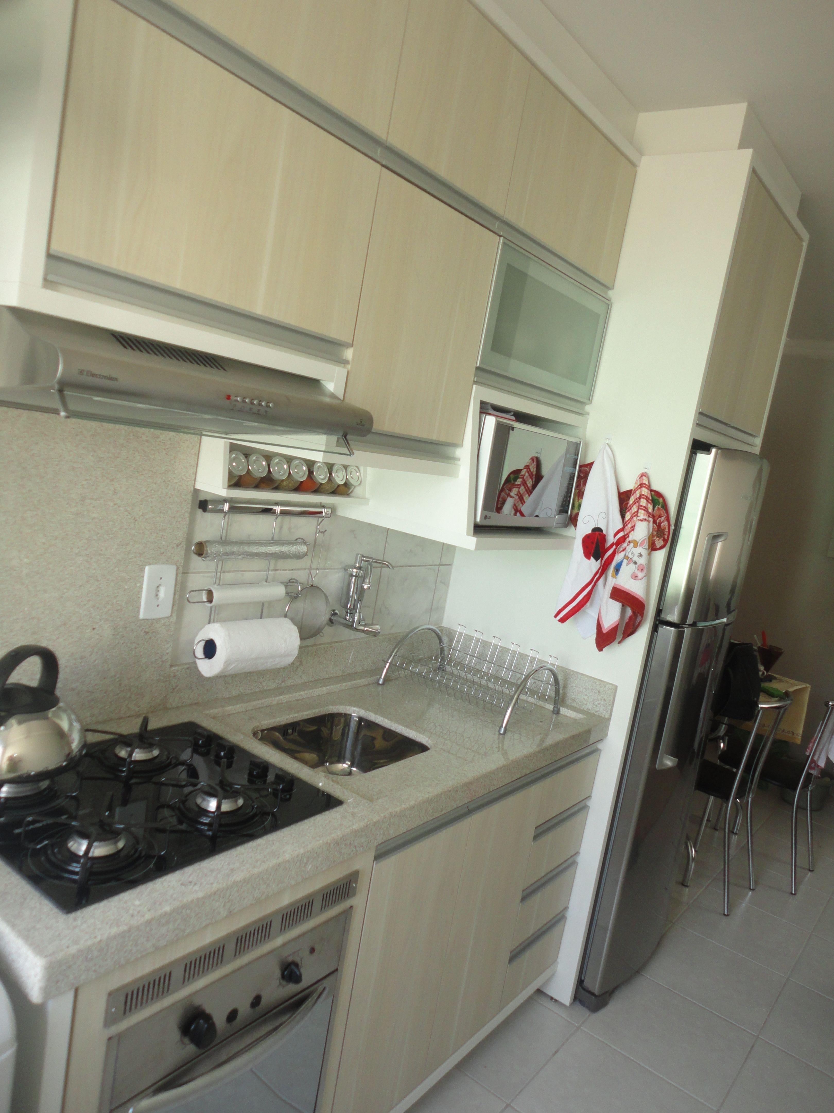 Granito da cozinha branco ita nas interiores for Cocinas modernas chiquitas