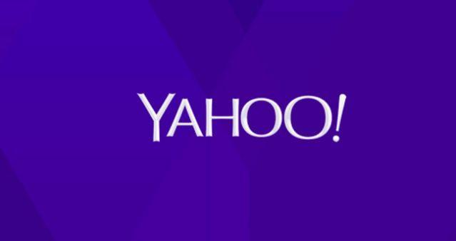 Em reestruturação, Yahoo revela novo logotipo.  Sob o comando da CEO Marissa Mayer, empresa muda logotipo após comprar 21 empresas de tecnologia, p novo logotipo lembra o anterior, pouca coisa mudou.