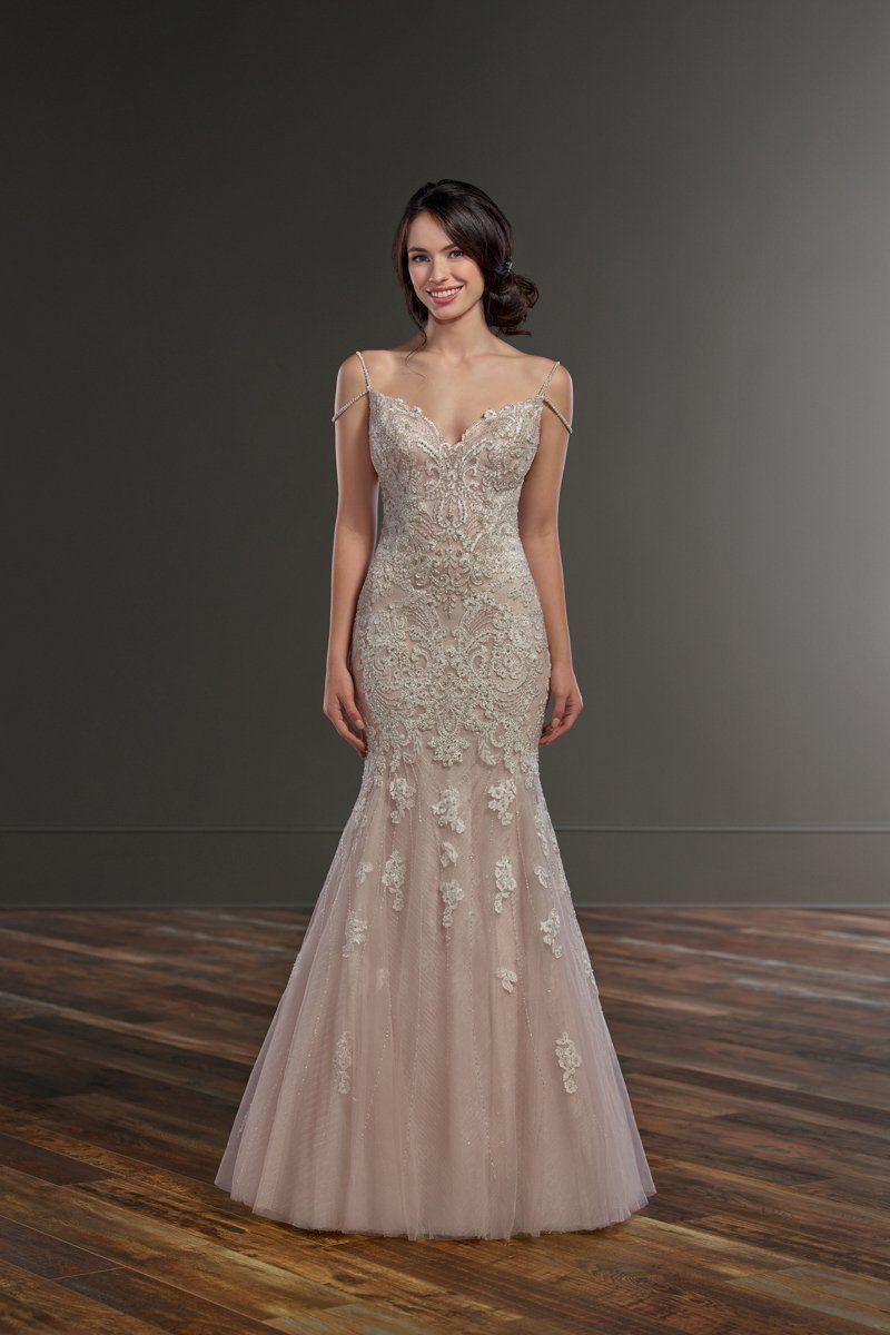 Fitandflare wedding dress lace bodice with tulle skirt and v