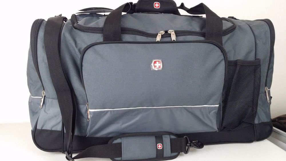 Nwt Swiss Gear Army Wenger 28 Gray Black Sport Gym Travel Bag Carry On Luggage
